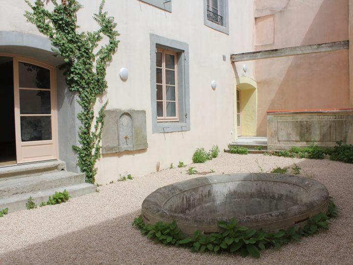Livraison de 3 appartements totalement rénovés au 44 rue Jules Sauzede à Carcassonne